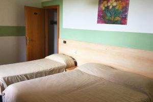 albergo-la-torretta-camera-tripla-02